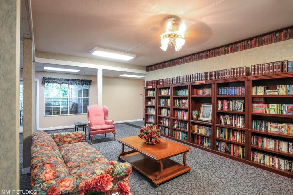 library at the waterford at carpenter\'s creek senior living community in pensacola, florida