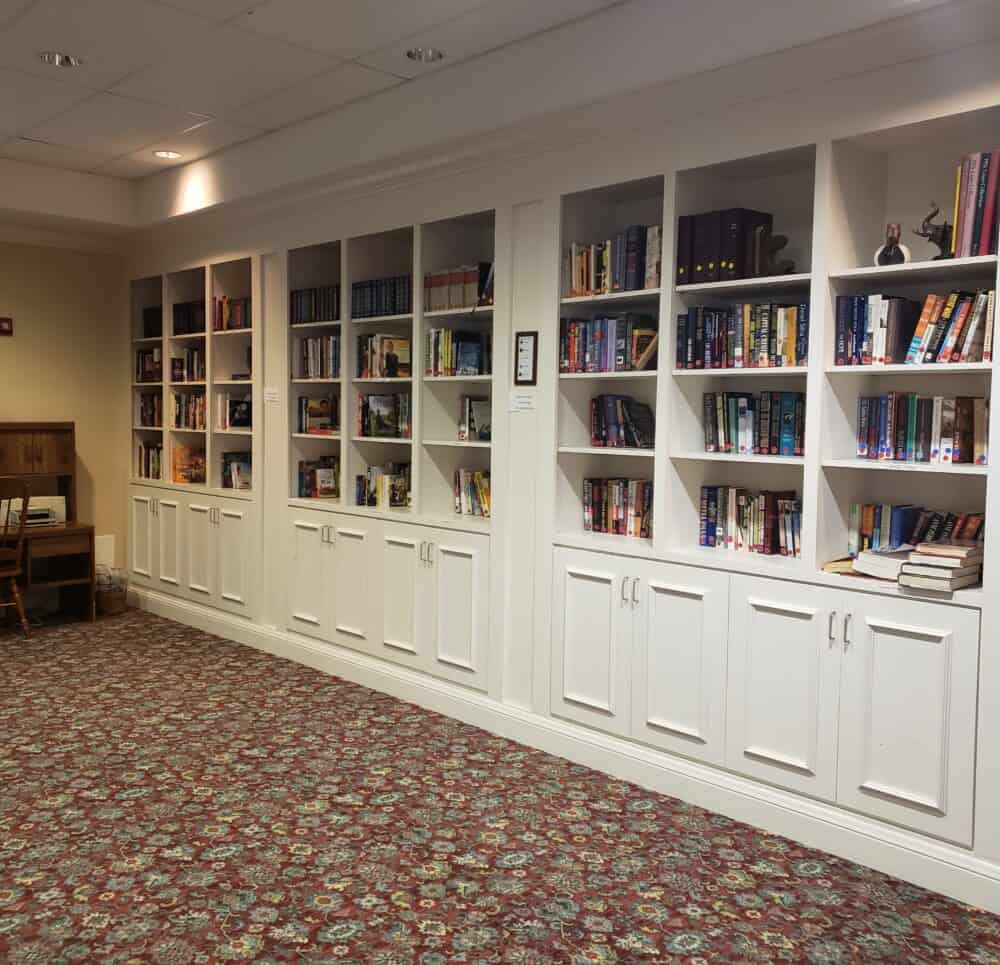 library at the waterford at fairfield, a senior living community located in ohio